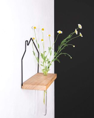 Minimalist Scandinavian style House shaped «VASE for four» by Atelier Article, Assorted
