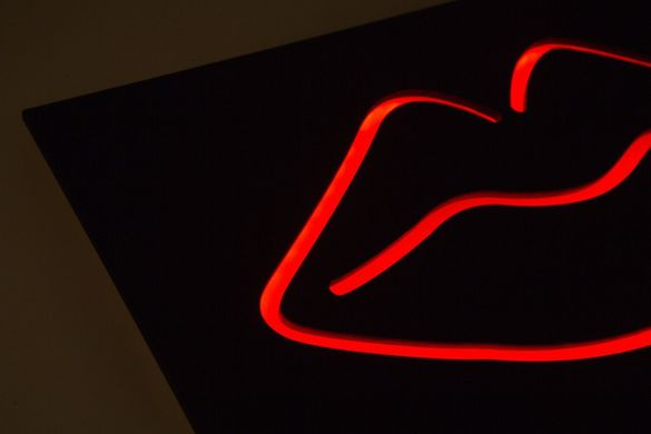 Man cave // Wall Light Neon Sign style //  LIPS  // Wall Art // by Atelier Article, Red