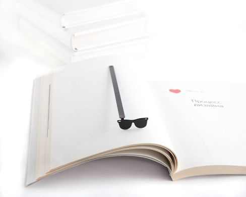"Metal Bookmark ""Sunglasses"" by Atelier Article, Black"