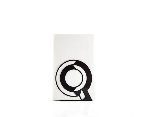 One metal bookend Q -Letters are beautiful- alphabet series by Atelier Article, Black