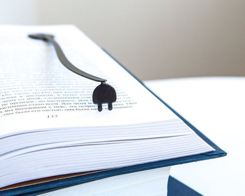 "Metal Book Bookmark ""Electrical plug"" by Atelier Article, Black"