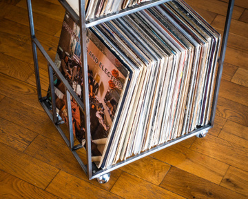 LP storage Double deck Album crate // Easy access Lower level shelf
