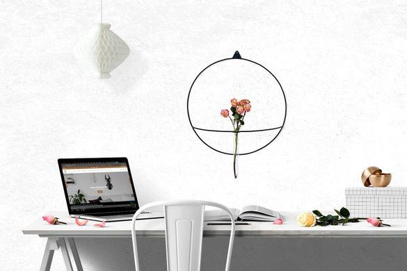 Metal Wall vase scounce // Minimalistic wire based design // by Atelier Article, Black