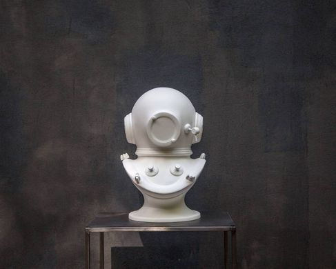 Diving helmet white Sculpture // Steampunk bust by Atelier Article, White