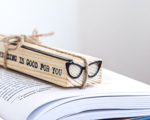 "Bookmark for books ""Eye Cat Eyeglasses"" by Atelier Article, Black"